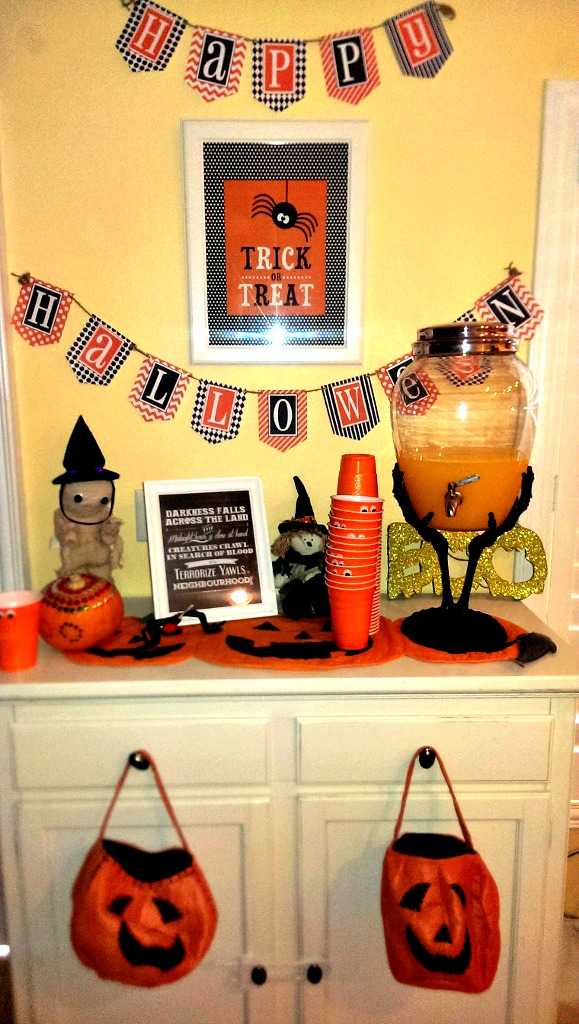 Halloween Decor & Food Ideas | missfrugalfancypants.com