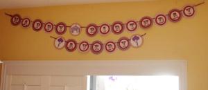 Purple Polka Dot Carnival Birthday Party Decor | missfrugalfancypants.com