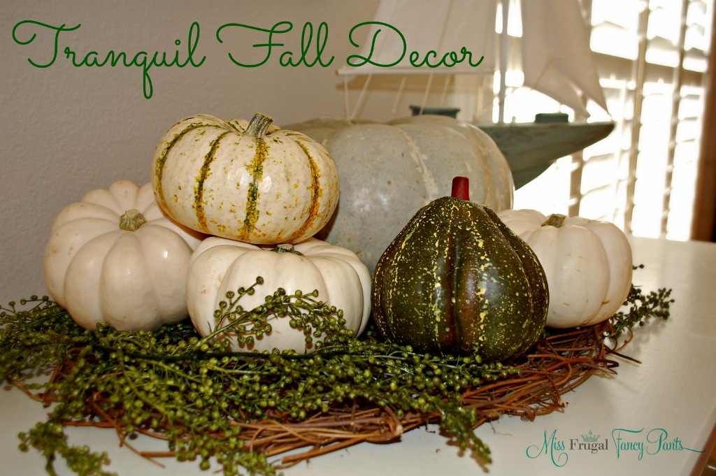 Neutral and Understated Thanksgiving Halloween Fall Coastal Decor with White Pumpkins | missfrugalfancypants.com