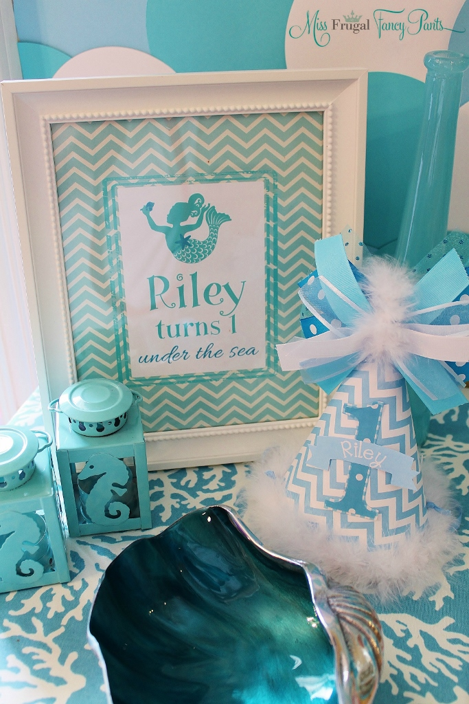 Little Mermaid Under the Sea 1st Birthday Party Decor | missfrugalfancypants.com