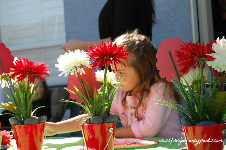 Outdoor Ladybug Garden Party Decor & Centerpiece Ideas | missfrugalfancypants.com