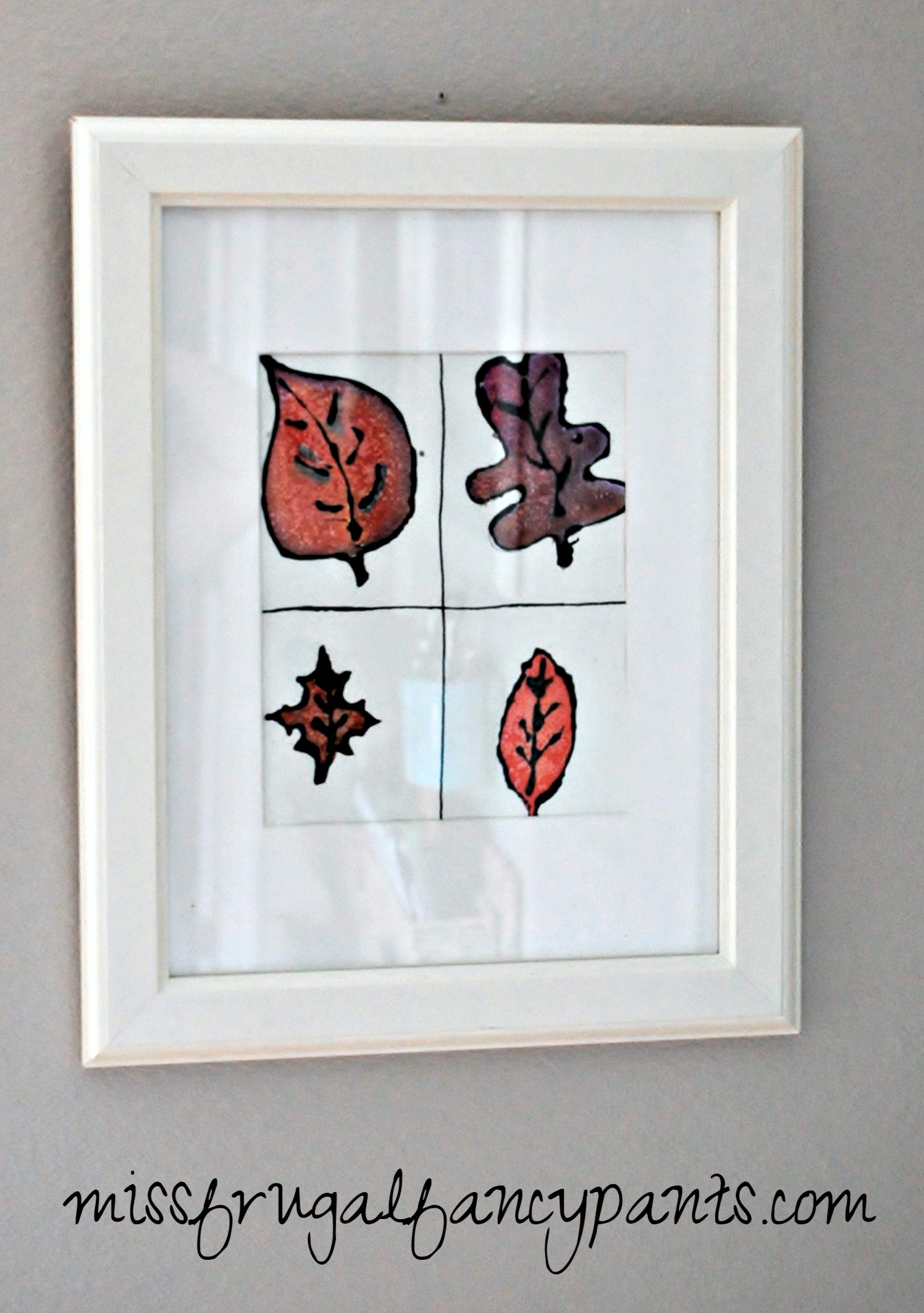 Frame Your Childs Artwork from School for Free Holiday Decor | missfrugalfancypants.com