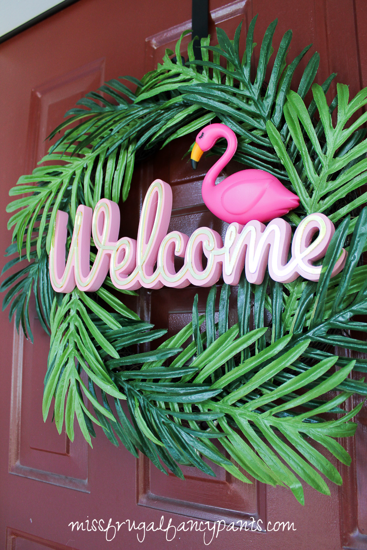Lilly Pulitzer | Cabana Party | Flamingo Birthday Party | Flamingo Wreath | missfrugalfancypants.com
