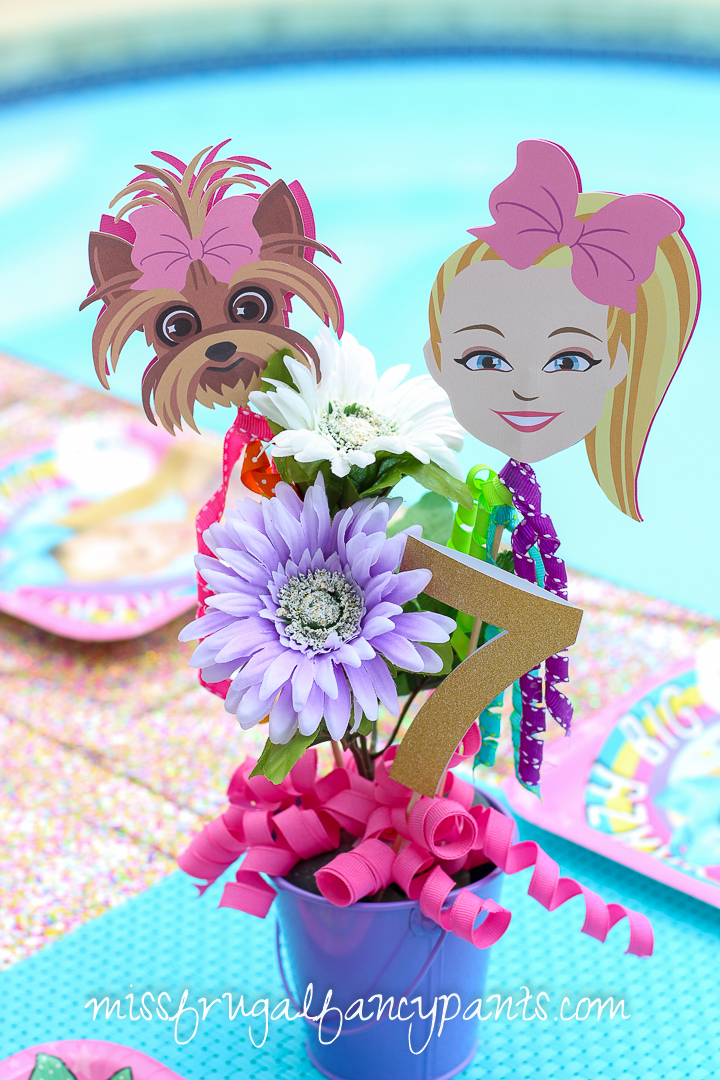 JoJo Siwa Birthday Party - Unicorns and Rainbows - Centerpiece
