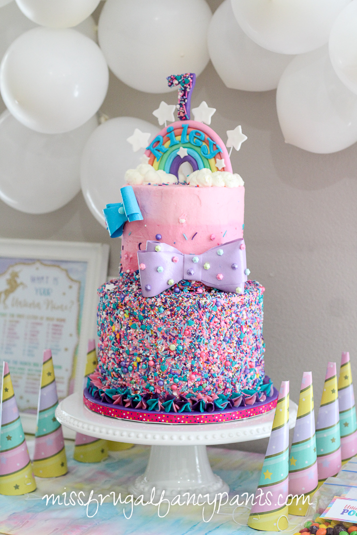 JoJo Siwa Birthday Party - Unicorns and Rainbows - Cake