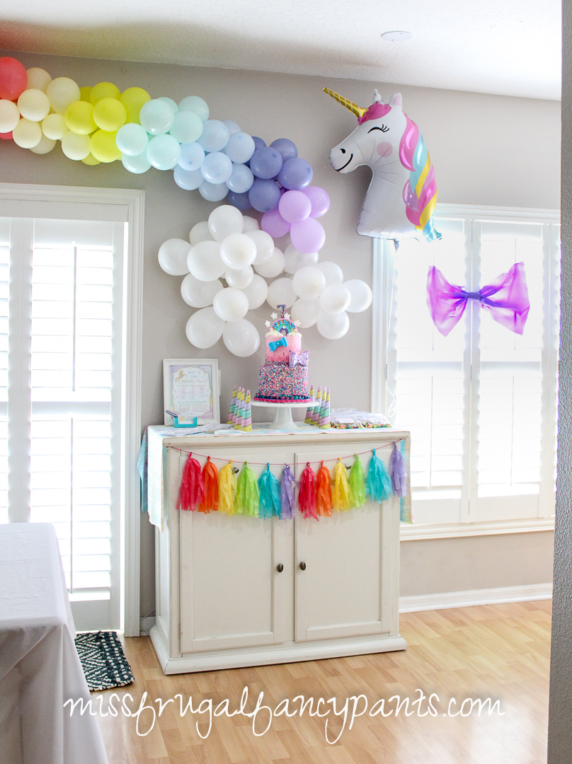 JoJo Siwa Birthday Party - Unicorns and Rainbows and Hearts - Balloons